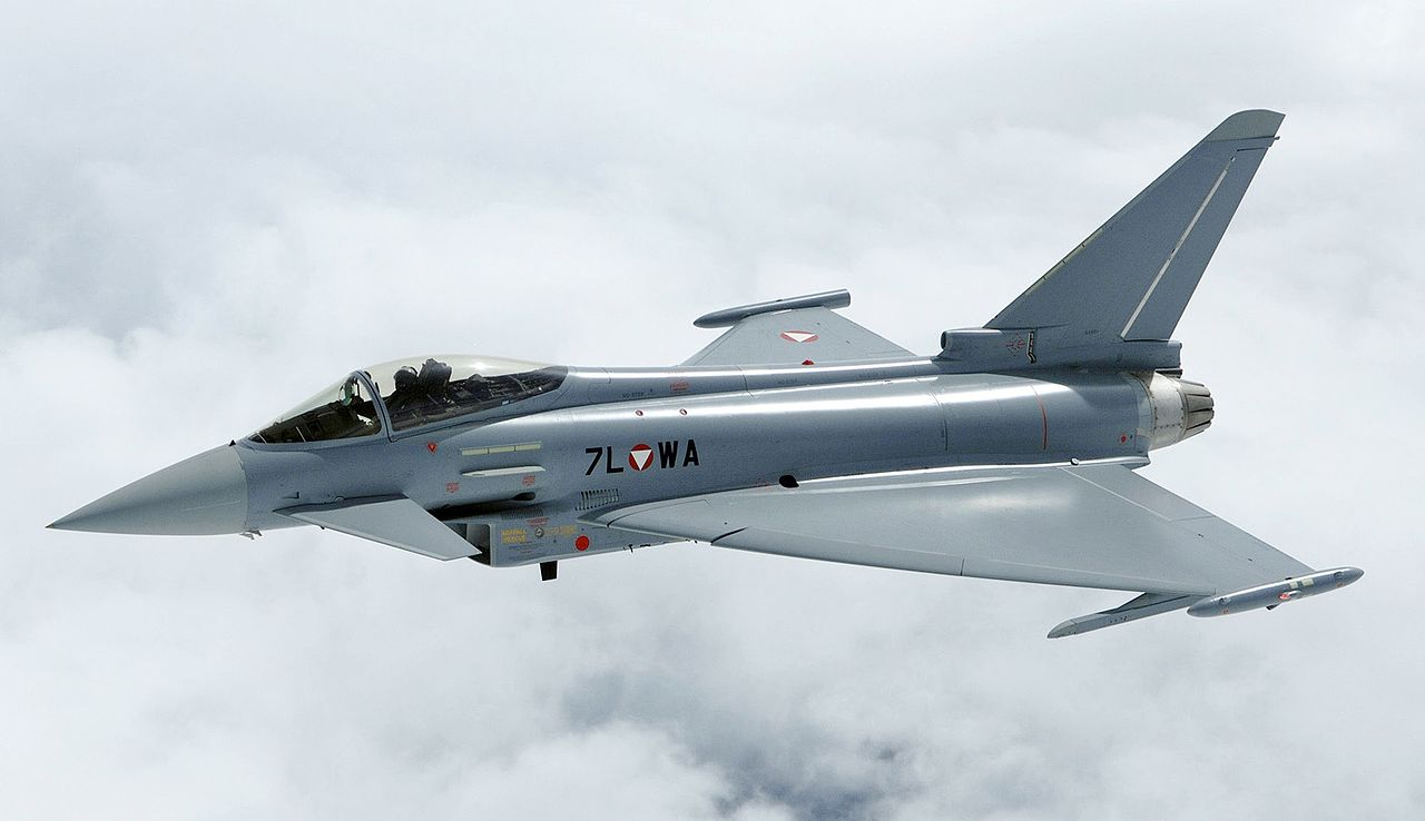 Eurofighter typhoon вики