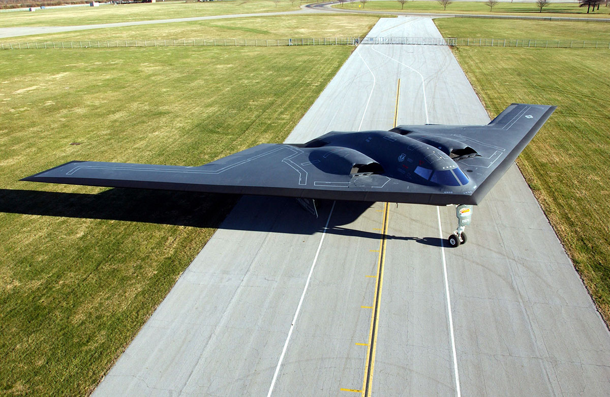 Northrop b-2 spirit. стелс. фото. характеристики.